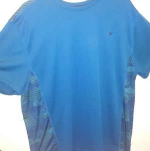 Old Navy Active dry fit tee